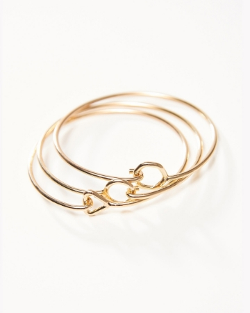 Picture of Bar-Latched Bangle