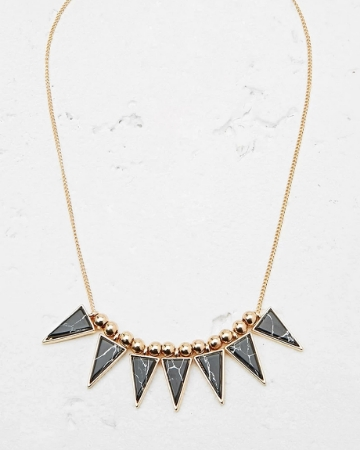 Picture of Chain Statement Necklace