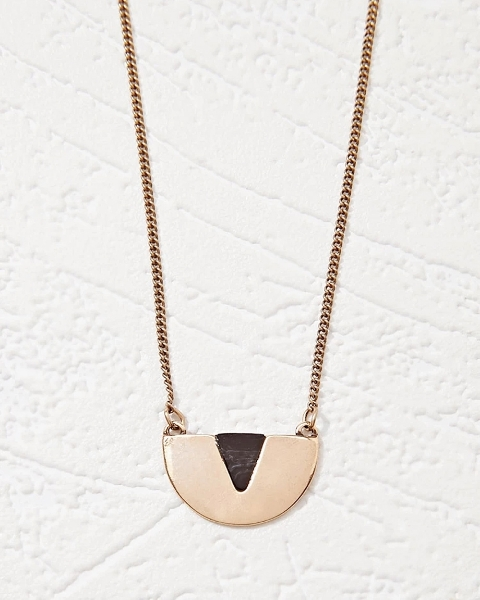 Picture of Chevron Pendant Necklace