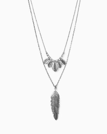 Picture of Cutout Pendant Necklace