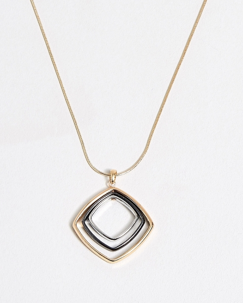 Picture of Linked Pendant Necklace